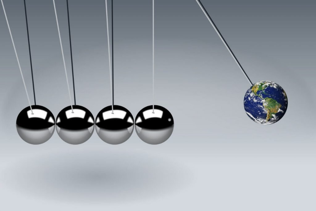 Newton's cradle with earth